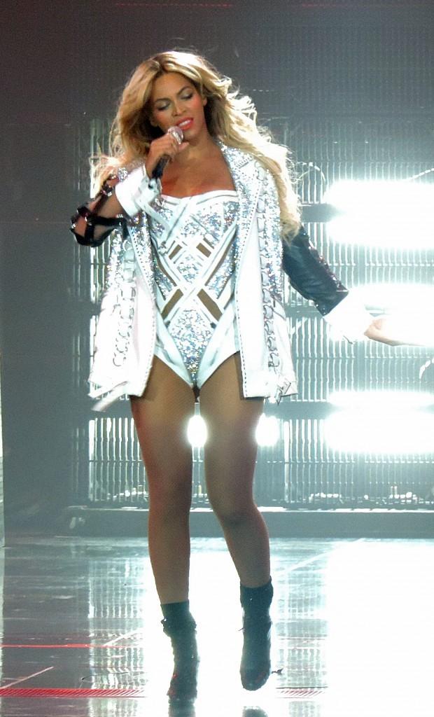 Beyoncé solo