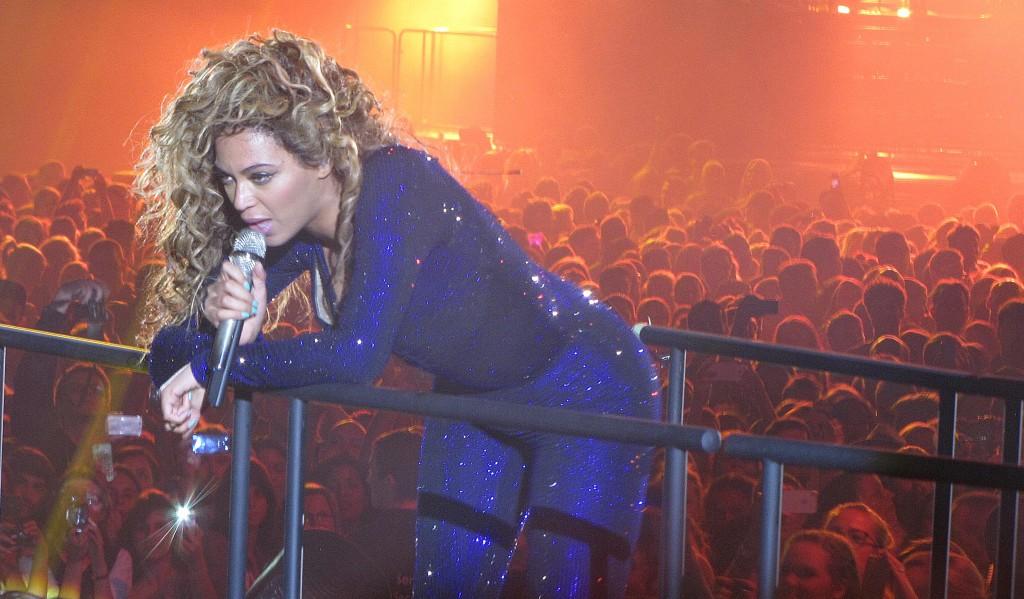 Beyoncé O2 World, 2013